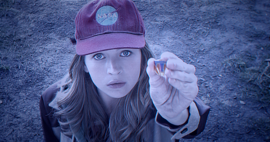 Go See Tomorrowland Britt Robertson LOW REZ