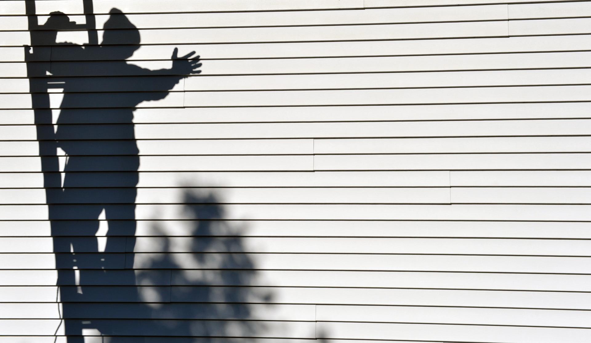 Solar panel shadow