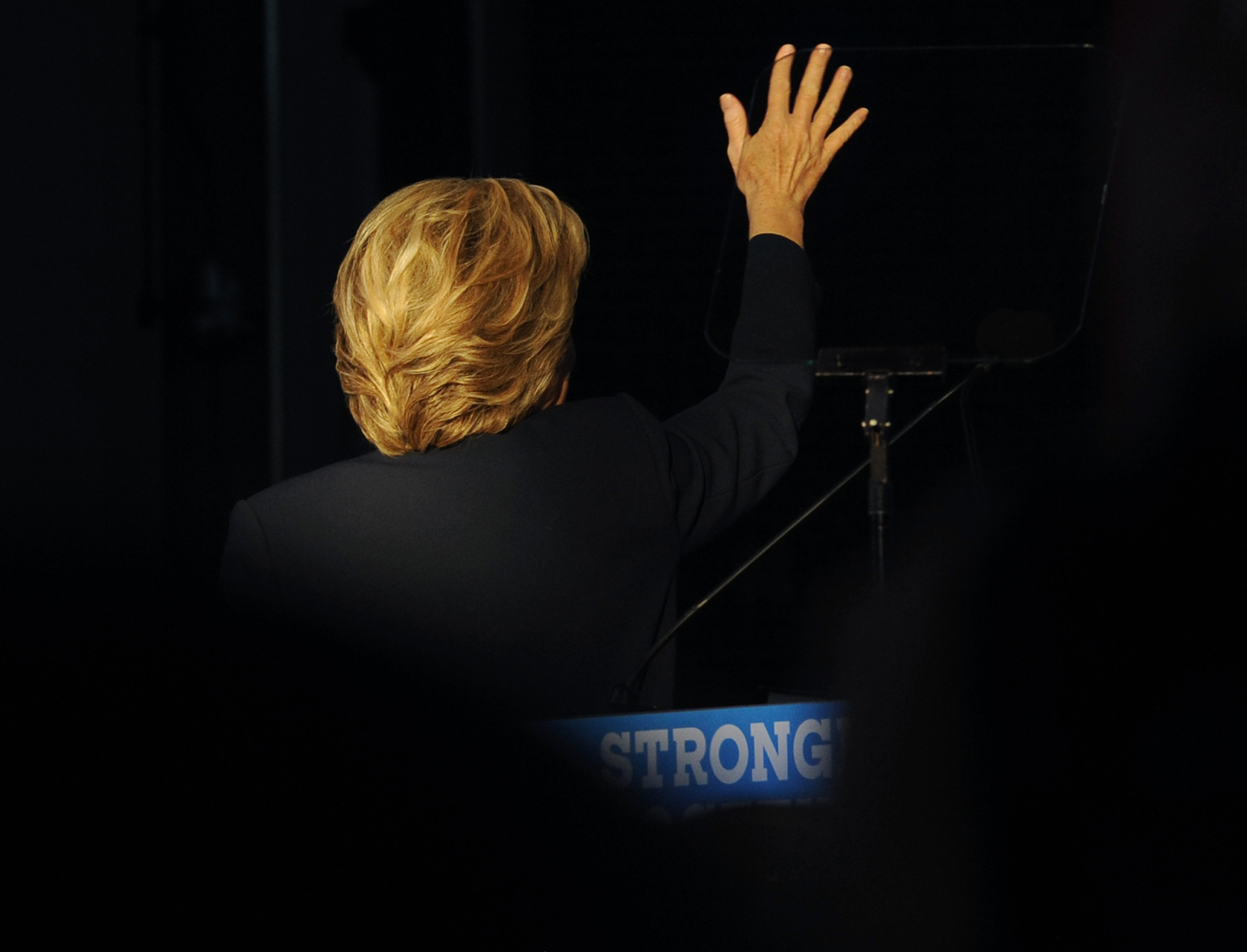 Democratic presidential candidate, former Secretary of State Hillary Clinton, waves to supporters at Detroit's Eastern Market on Friday, November 4, 2016 (photo by Rodney Curtis)
